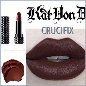 """🆕💄 Studded Kiss Creme Lipstick """"CRUCIFIX"""""""